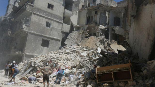 شاهد عيان يصف الأوضاع الإنسانية في حلب