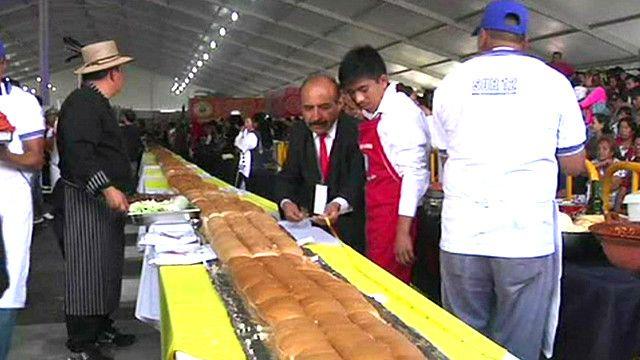 أطول شطيرة في أمريكا اللاتينية