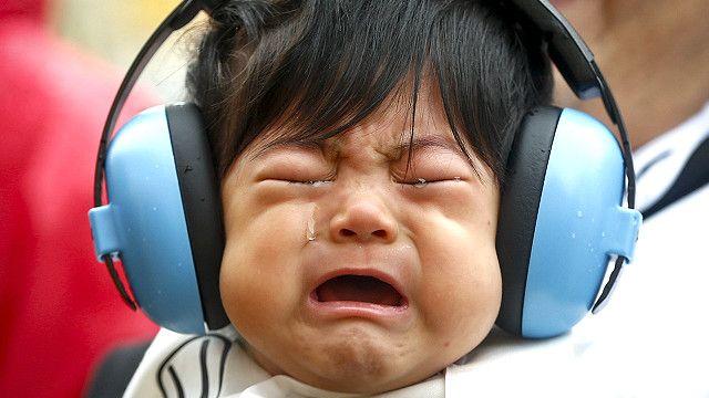 لماذا يسبب بكاء الأطفال إزعاجا للبعض؟