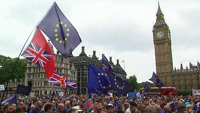 مظاهرات ضد خروج بريطانيا من الاتحاد الأوروبي