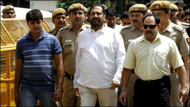 Image result for सुरेश कलमाड़ी की गिरफ्तारी