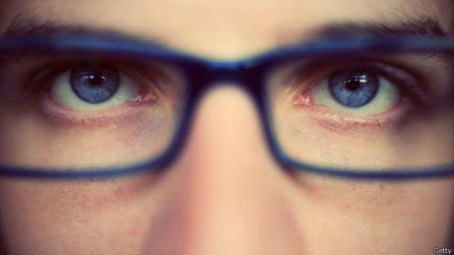 13d5a19408 Por qué hay tantas personas con miopía en el mundo - BBC News Mundo