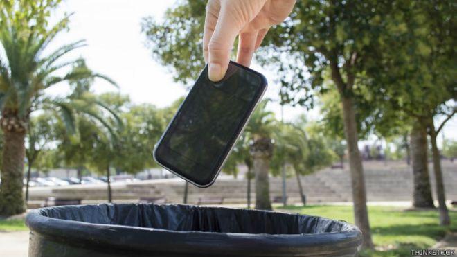 837b4821e02 4 funciones útiles que le puedes dar a tu celular viejo - BBC News Mundo