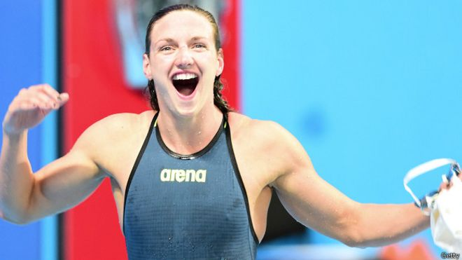 Hungara nadadora