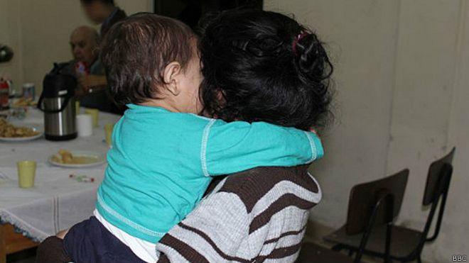 036b7660f El dolor de las cientos de niñas embarazadas en Paraguay - BBC News ...