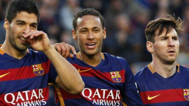 Arsenal v Barcelona: Suarez ya manta fasfo - BBC News Hausa