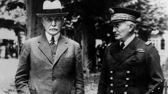 https://ichef.bbci.co.uk/news/ws/660/amz/worldservice/live/assets/images/2015/12/28/151228154824_vichy_petain_624x351_getty_nocredit.jpg