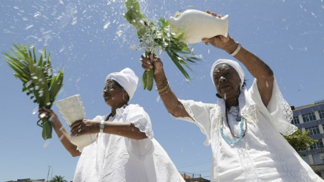 Por que as religiões de matriz africana são o principal alvo de  intolerância no Brasil  94ce2ce3f896d