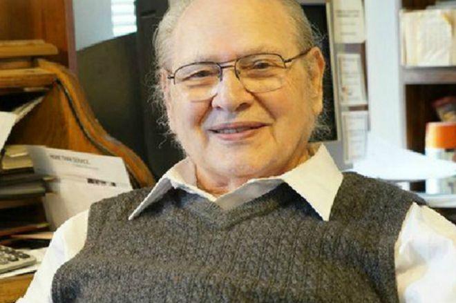 899c3076559 Quién es Ronald Wayne, el fundador olvidado de Apple - BBC News Mundo