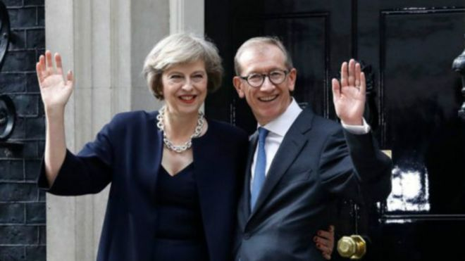 特里莎·梅正式就任英国首相- BBC...