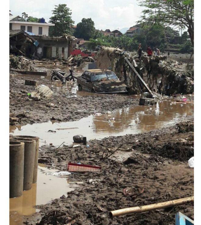 Banjir Di Garut Belasan Tewas Sejumlah Orang Hilang Bbc News