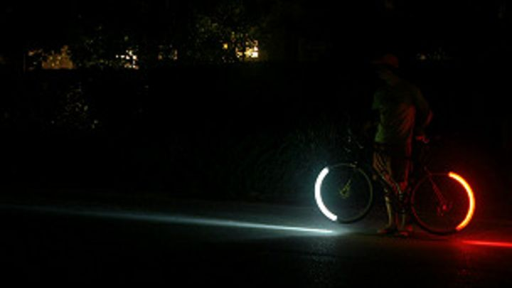 7373edb95 Una luz inteligente para las bicicletas - BBC News Mundo
