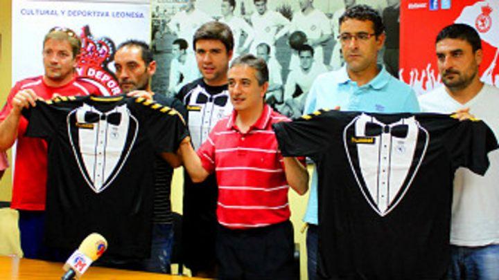 4a131406ae5 ¿Son estas las camisetas más extravagantes del fútbol ? - BBC News Mundo