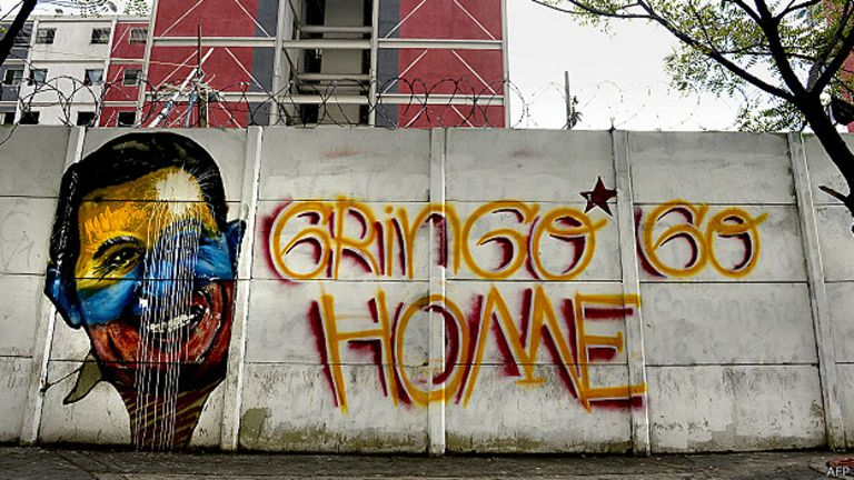 Graffiti con la cara de Chávez