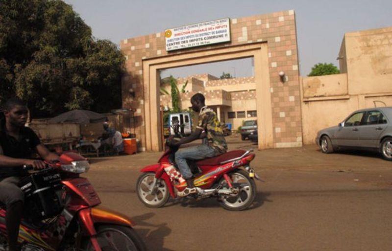 Oficina de impuestos en Bamako