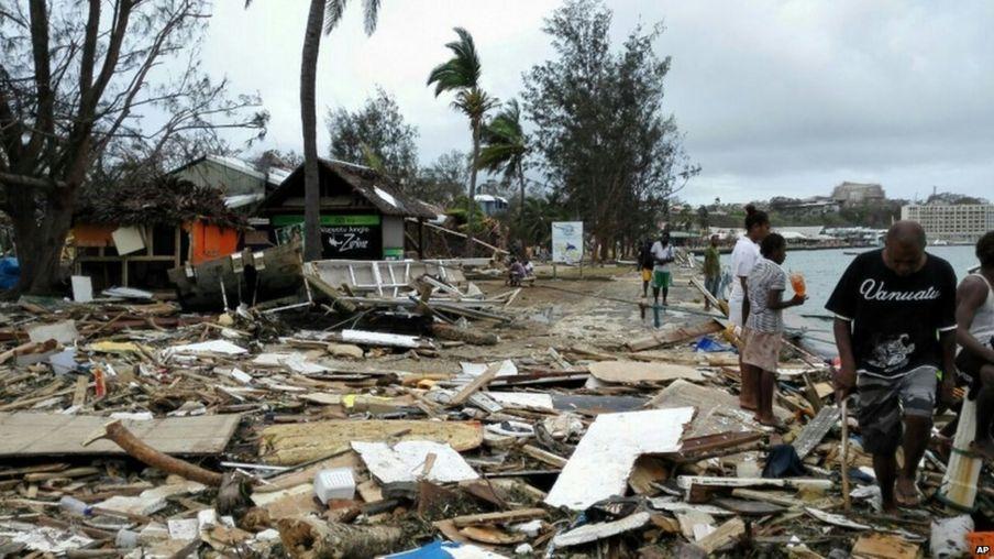 بالصور: إعصار بام يضرب فانواتو