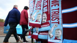 Burnley scarves