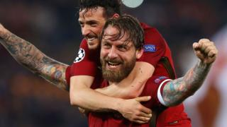 Roma's Daniele de Rossi celebrates Roma beating Barcelona in the Champions League in 2018