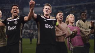 De Ligt and Ajax celebrate victory over Jutentus