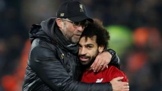 Mo Salah and Jurgen Klopp celebrate