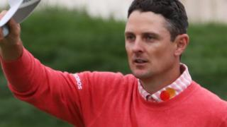Justin Rose acknowledges the crowd at the end of his first round at the US Open