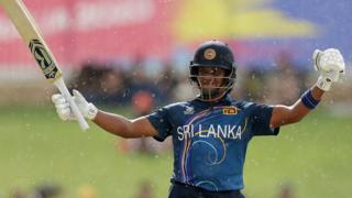 Chamari Atapattu celebrates making 50