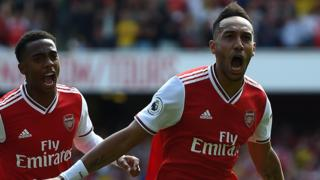 Pierre-Emerick Aubameyang celebrates scoring Arsenal's second against Burnley