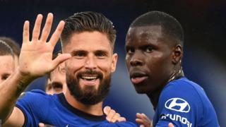 Chelsea's Olivier Giroud celebrates with Kurt Zouma