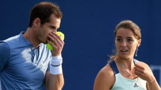 Andy Murray and Jodie Burrage talk tactics at the Battle of the Brits