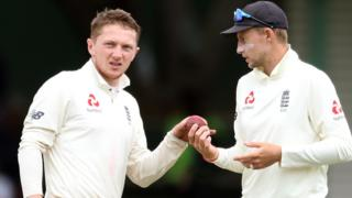 Dom Bess and Joe Root