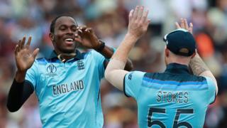 Jofra Archer celebrates a wicket