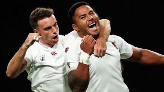 George Ford and Manu Tuilagi celebrate