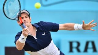 Andy Murray returns the ball