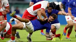 Tonga put pressure on France