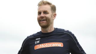 Harrogate Town manager Simon Weaver
