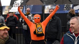 Newport fans