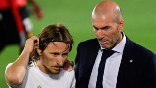 Luka Modric and Zinedine Zidane