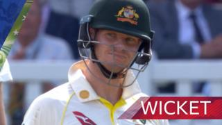Woakes traps Smith LBW for 92