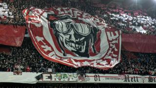 Standard supporters Tifo