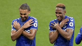 Dominic Calvert-Lewin and Yerry Mina