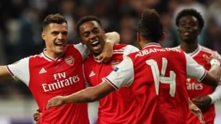 Granit Xhaka, Joe Willock, Pierre Emerick Aubameyang