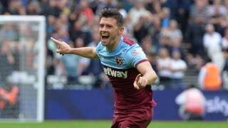 West Ham United's Aaron Cresswell