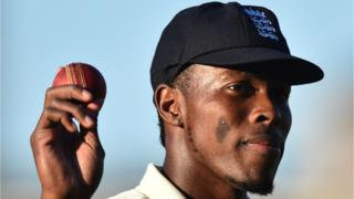 Jofra Archer celebrated his six-wicket ball by holding the ball aloft
