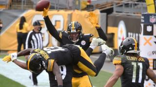 James Washington celebrates a touchdown for the Pittsburgh Steelers