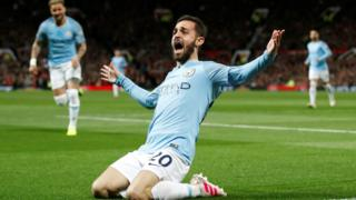 Bernardo Silva celebrates
