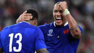 France celebrate Virimi Vakatawa's try