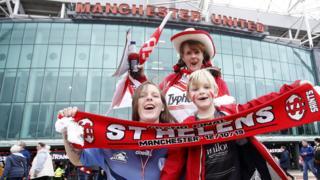 St Helens fans
