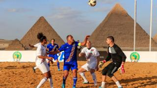 Legends play football in Egypt