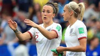 Lucy Bronze, Steph Houghton