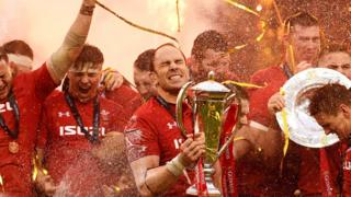 Wales captain Alun Wyn Jones and team mates celebrate their Six Nations win in 2019